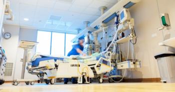 Salle de réanimation à l'hôpital