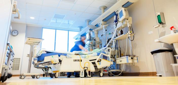 Le gouvernement est responsable du tri des patients dans les hôpitaux, qu'il l'assume !